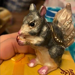 "New Glitz Squirrel trinket box 3""  all enameled"